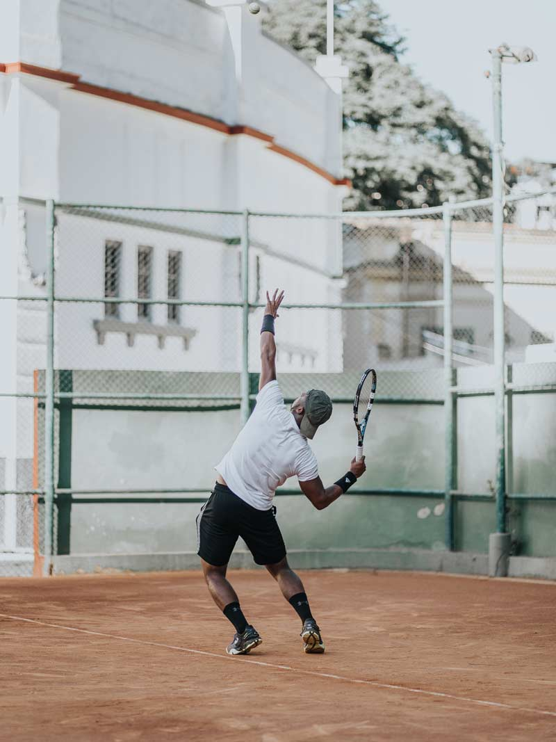 Person serving in tennis