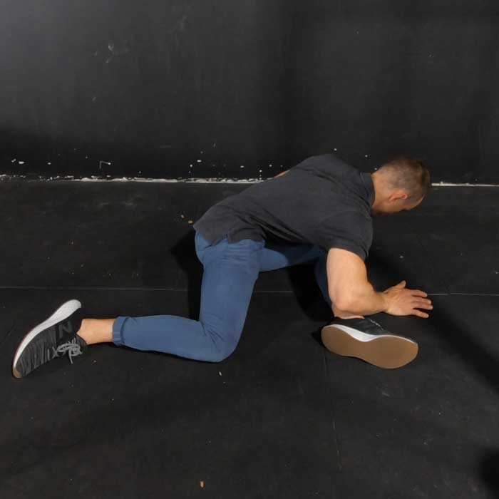 hip 90 / 90 mobility exercise